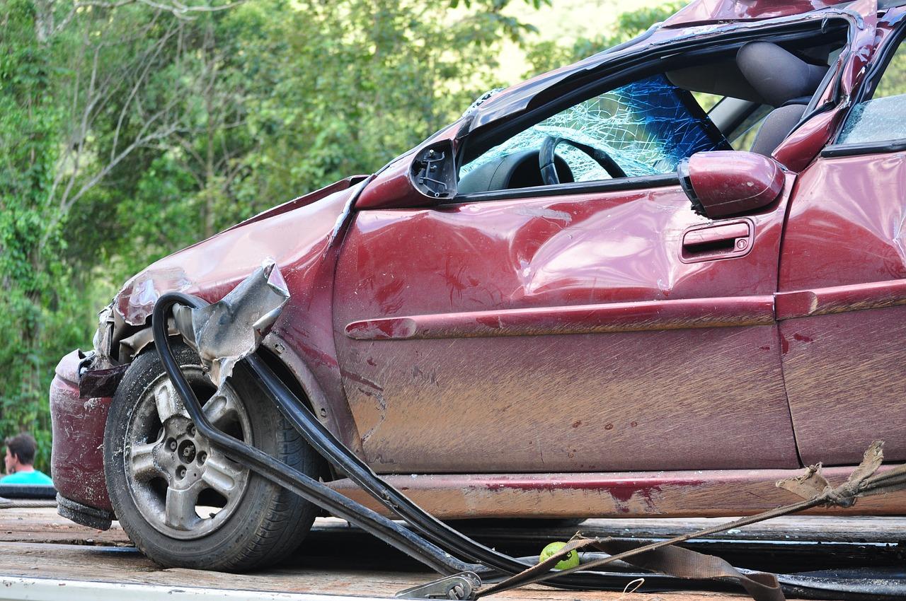 Las distracciones al volante causan la mayoría de accidentes