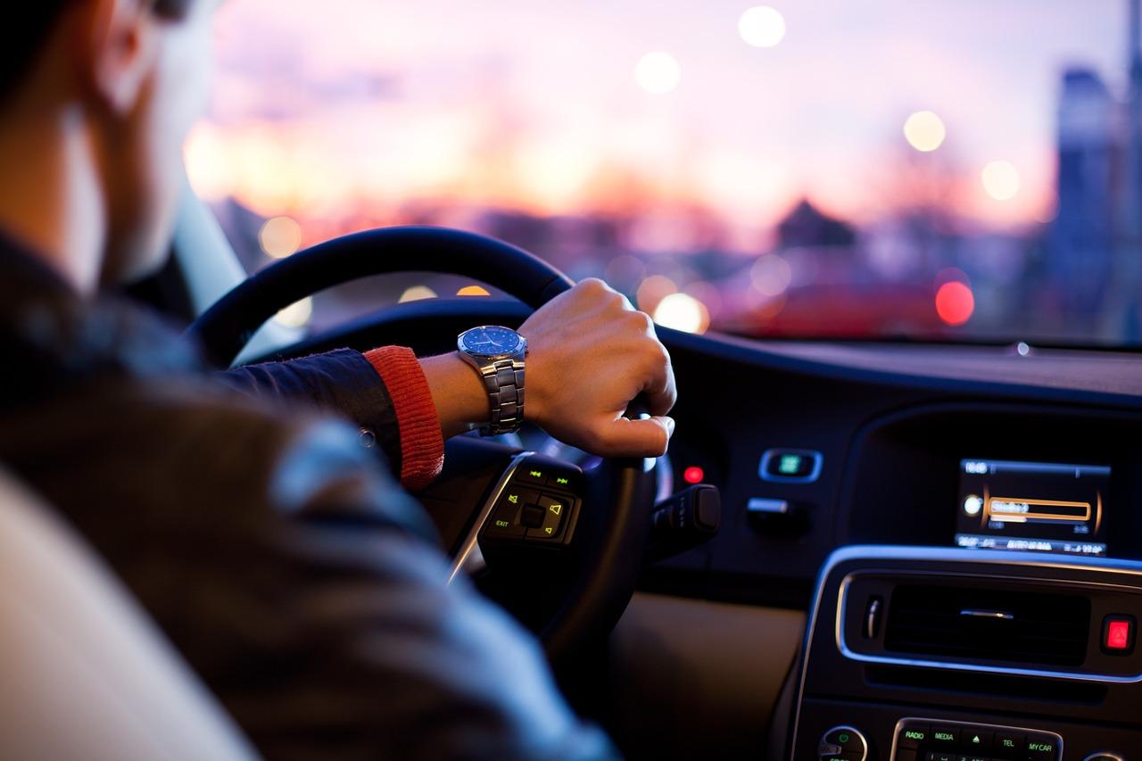 ¿Qué te puede pasar si conduces sin seguro?
