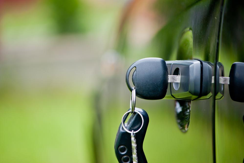 ¿Se puede transferir un vehículo de un fallecido?